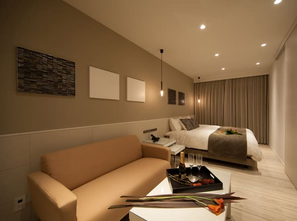 西月隈のラブホテル「HOTEL NEST(ホテル ネスト)」の部屋